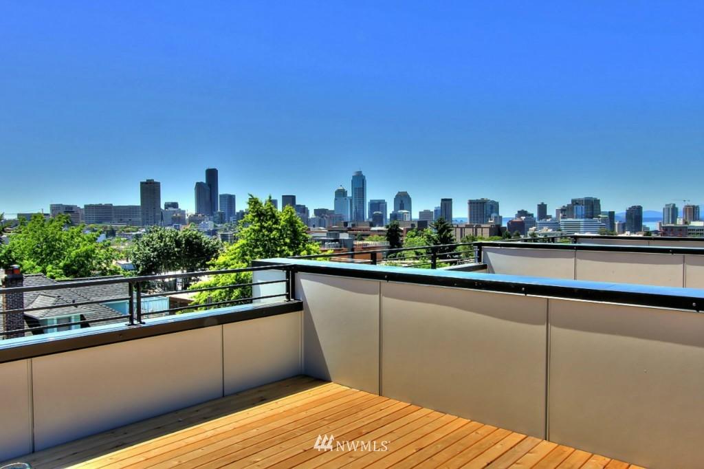Sold Property   1220 E John Street Seattle, WA 98102 22