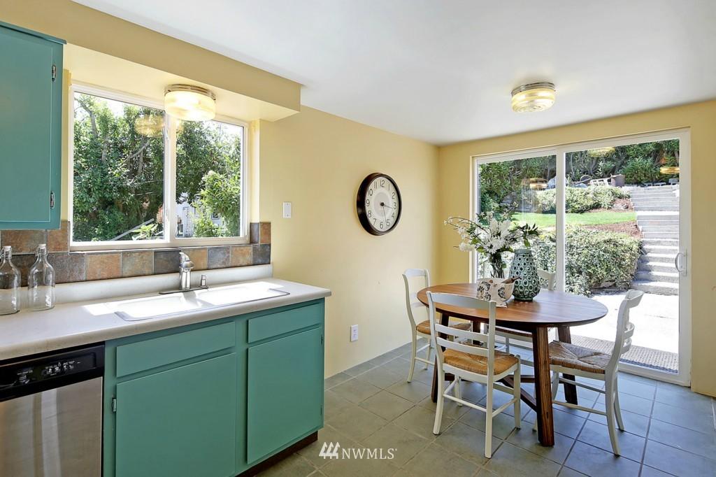 Sold Property | 3053 22nd Avenue W Seattle, WA 98199 7