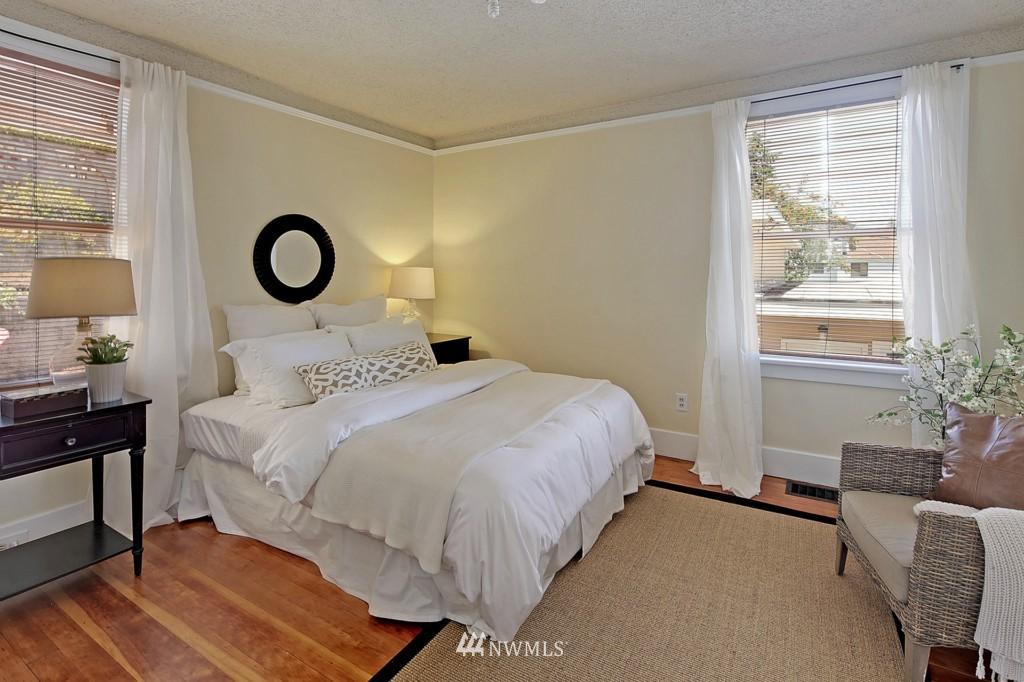 Sold Property | 3053 22nd Avenue W Seattle, WA 98199 8