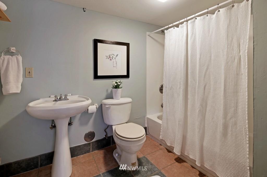 Sold Property | 3053 22nd Avenue W Seattle, WA 98199 12