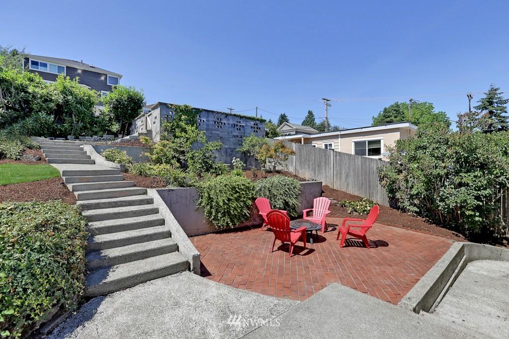 Sold Property | 3053 22nd Avenue W Seattle, WA 98199 15
