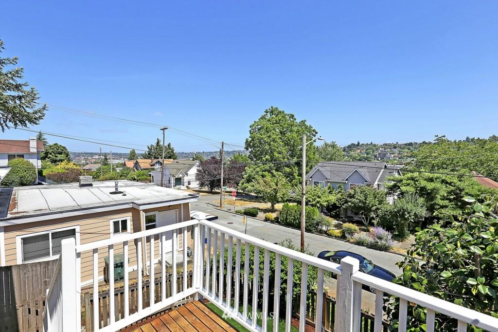 Sold Property | 3053 22nd Avenue W Seattle, WA 98199 17