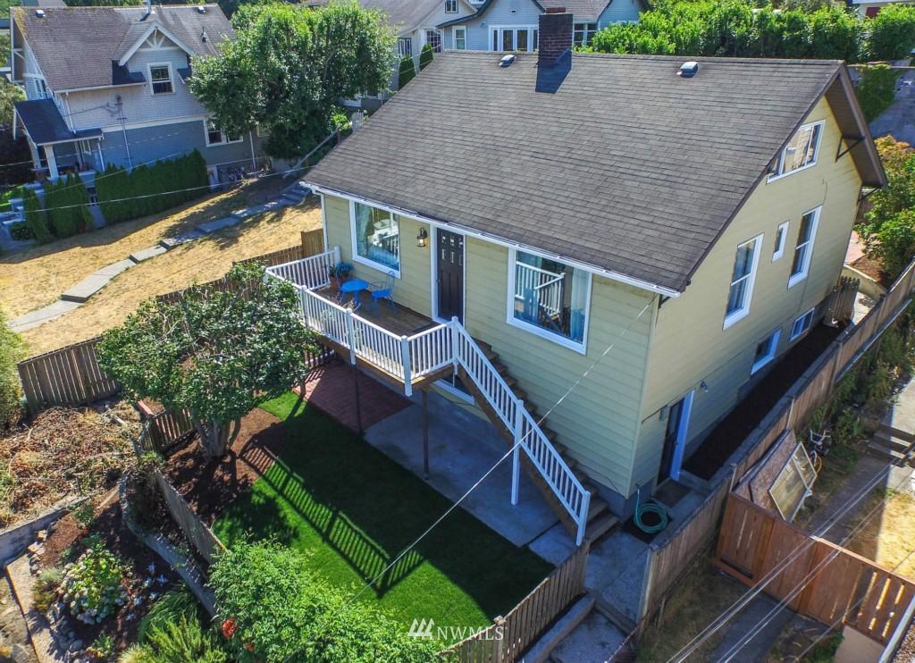 Sold Property | 3053 22nd Avenue W Seattle, WA 98199 18