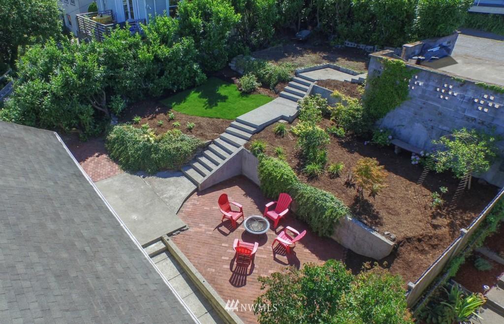 Sold Property | 3053 22nd Avenue W Seattle, WA 98199 19