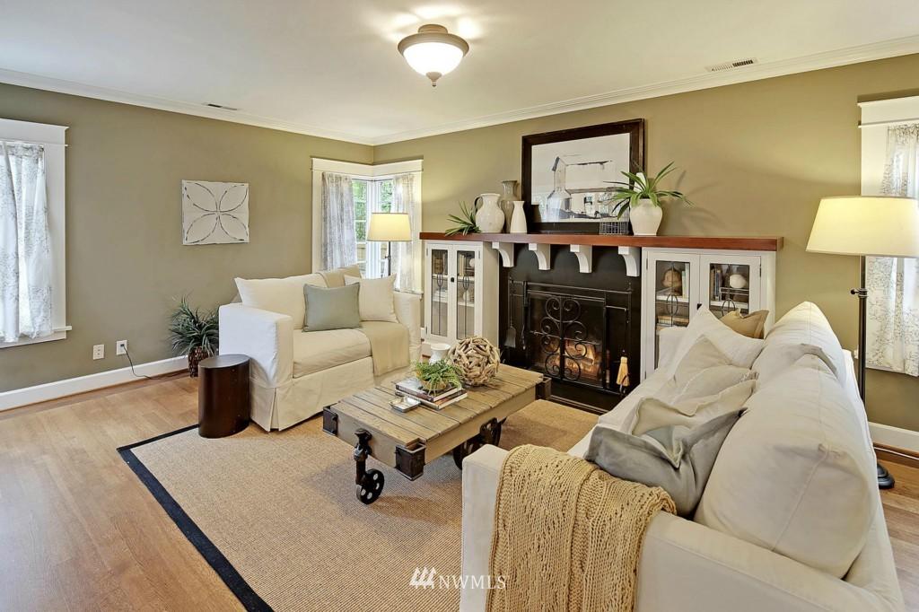 Sold Property | 8014 20th Avenue NE Seattle, WA 98115 2