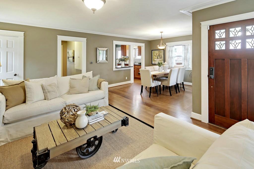 Sold Property | 8014 20th Avenue NE Seattle, WA 98115 3