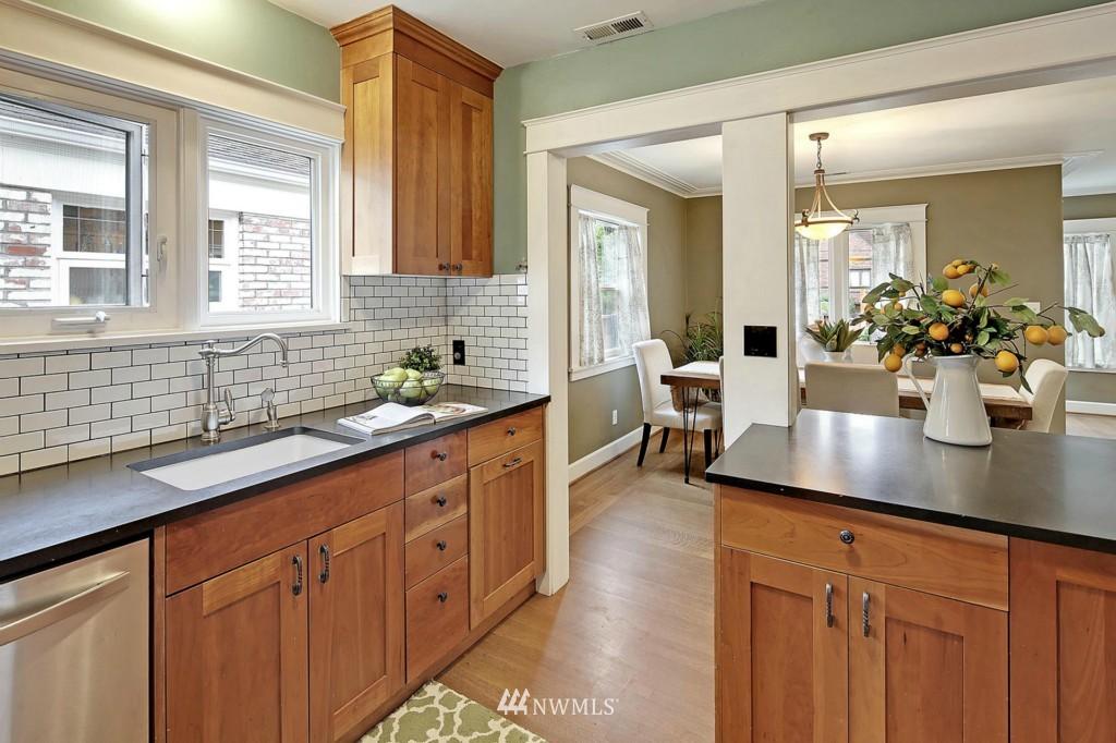 Sold Property | 8014 20th Avenue NE Seattle, WA 98115 6