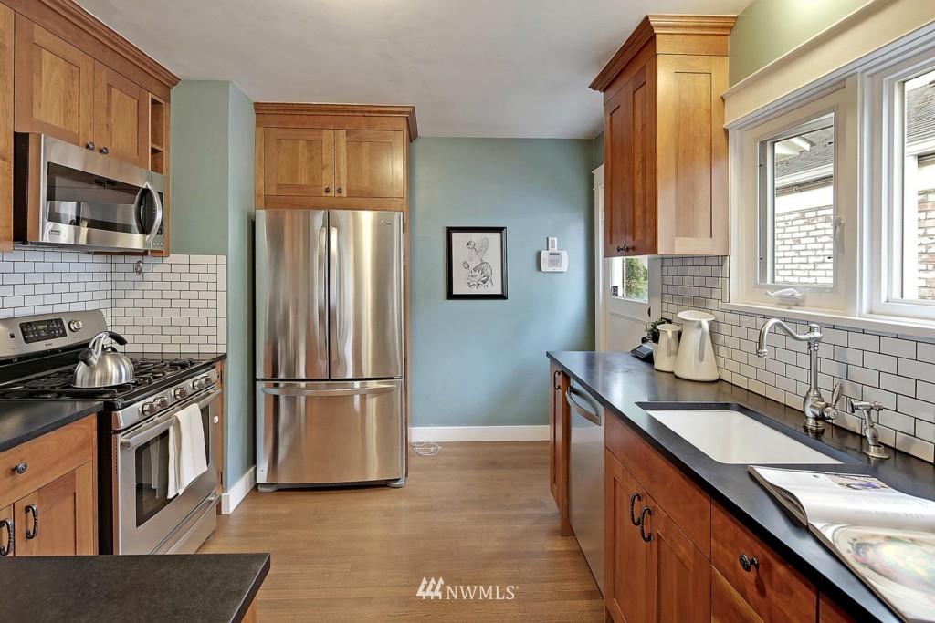 Sold Property | 8014 20th Avenue NE Seattle, WA 98115 7