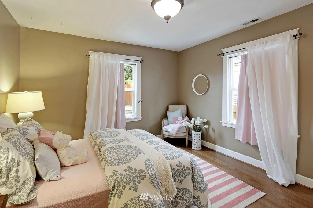 Sold Property | 8014 20th Avenue NE Seattle, WA 98115 8