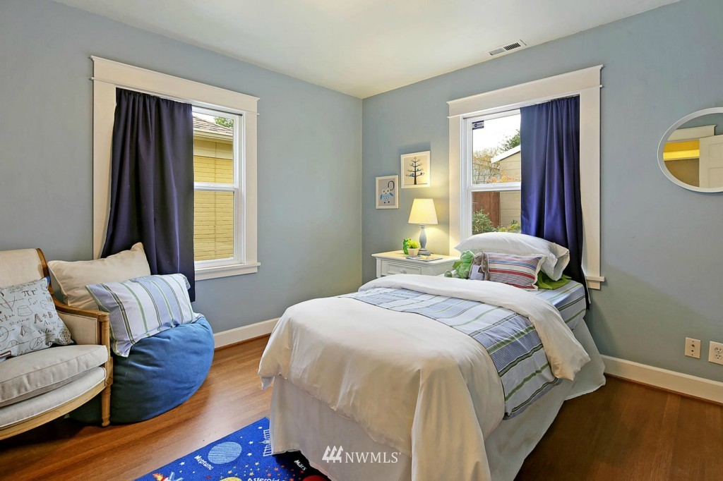 Sold Property | 8014 20th Avenue NE Seattle, WA 98115 9