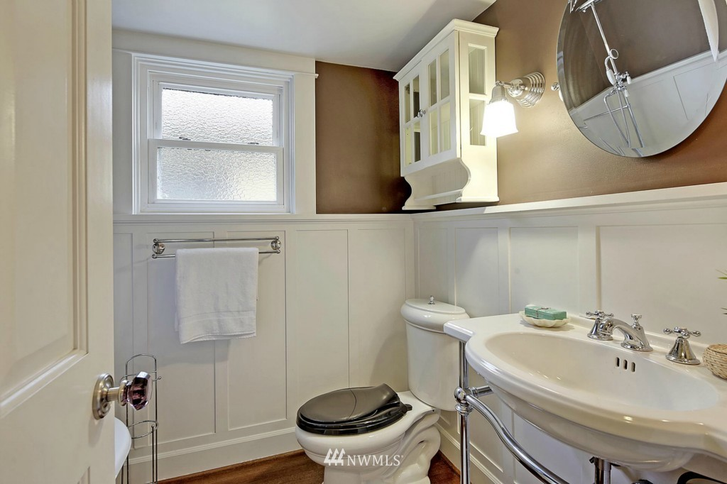 Sold Property | 8014 20th Avenue NE Seattle, WA 98115 10