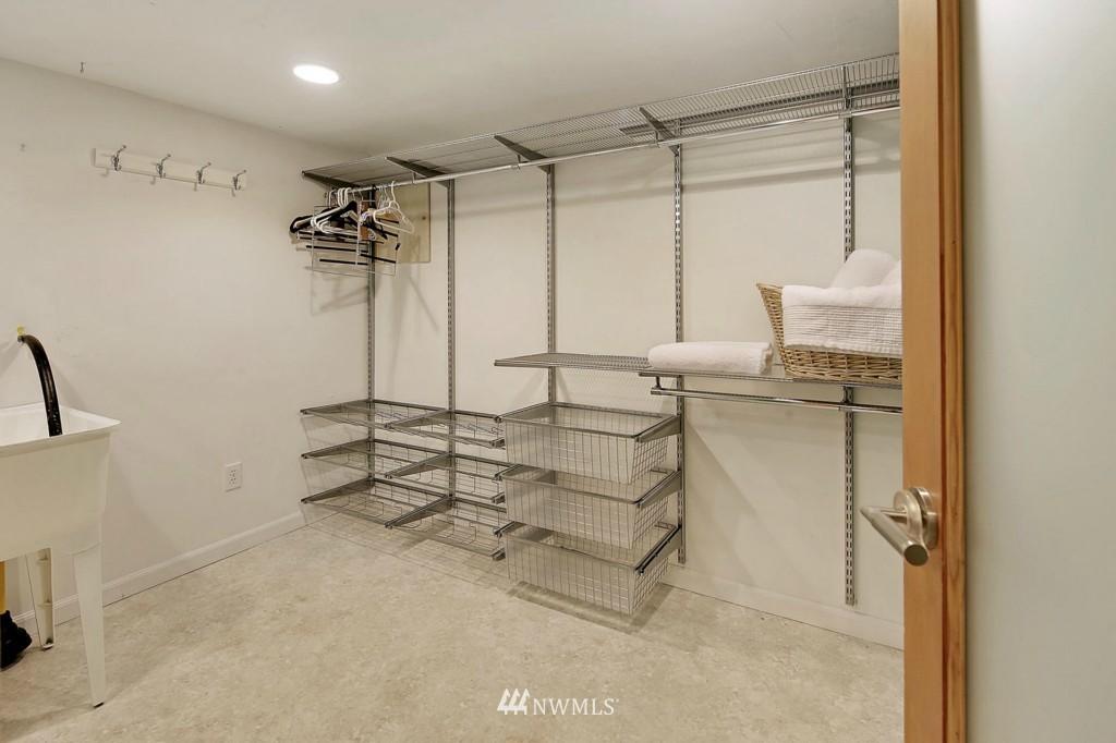 Sold Property | 8014 20th Avenue NE Seattle, WA 98115 17