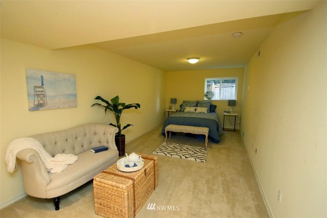 Sold Property | 5508 NE 180th Street Lake Forest Park, WA 98155 17