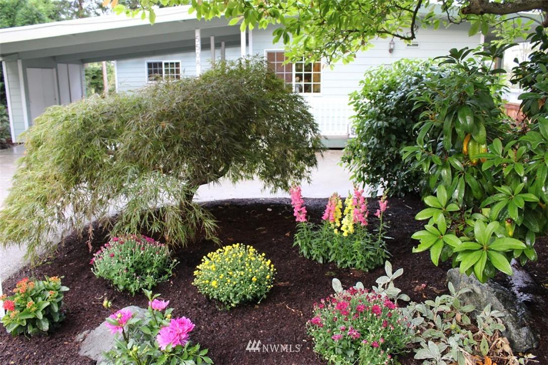 Sold Property | 5508 NE 180th Street Lake Forest Park, WA 98155 23
