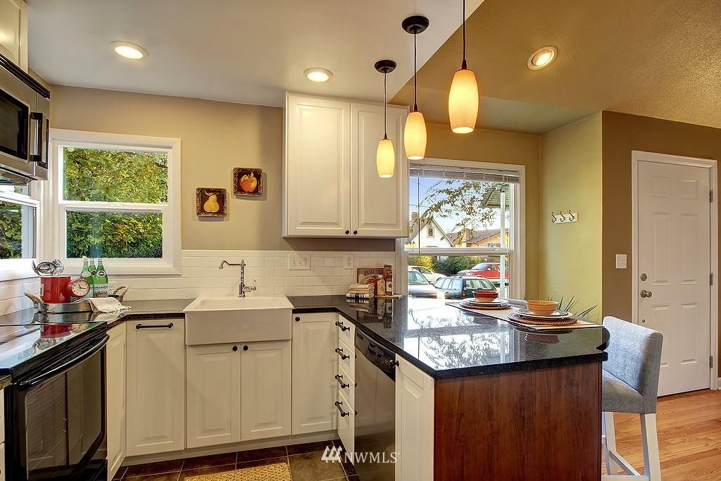 Sold Property | 326 N 103rd Street Seattle, WA 98133 2