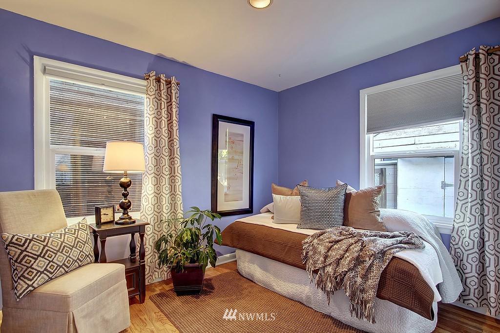 Sold Property | 326 N 103rd Street Seattle, WA 98133 5