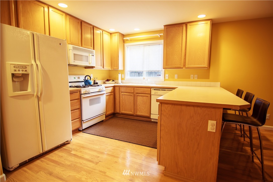Sold Property | 19207 Firlands Way N Shoreline, WA 98133 8