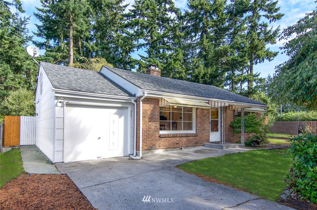 Sold Property | 322 N 148th Street Seattle, WA 98177 2