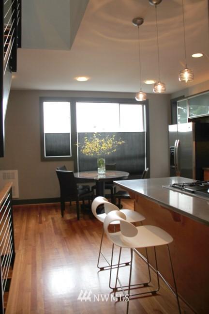 Sold Property | 558 Highland Drive Seattle, WA 98109 9