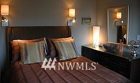 Sold Property | 558 Highland Drive Seattle, WA 98109 12