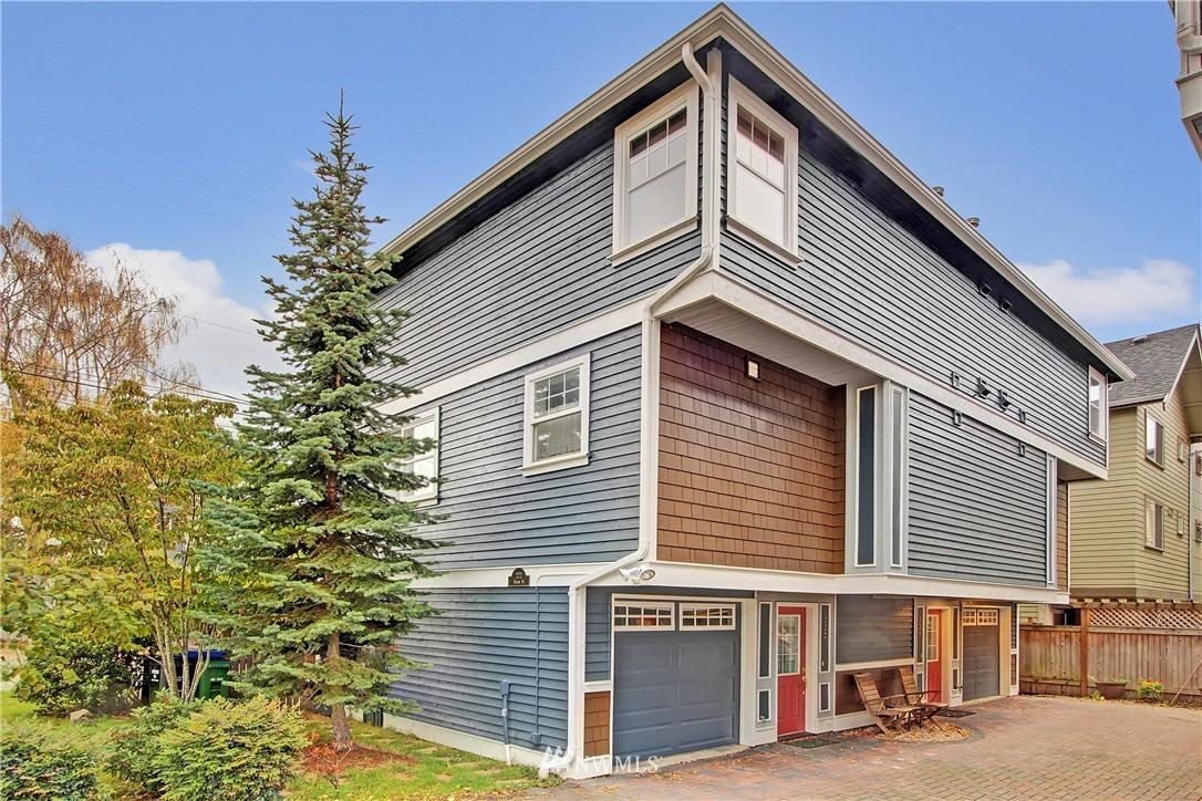Sold Property | 220 Boston Street Seattle, WA 98109 14