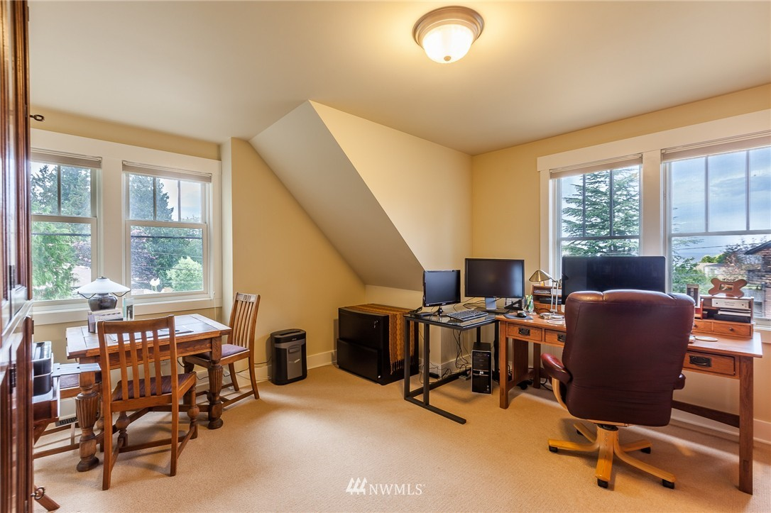 Sold Property   9648 26th Avenue NW Seattle, WA 98117 16