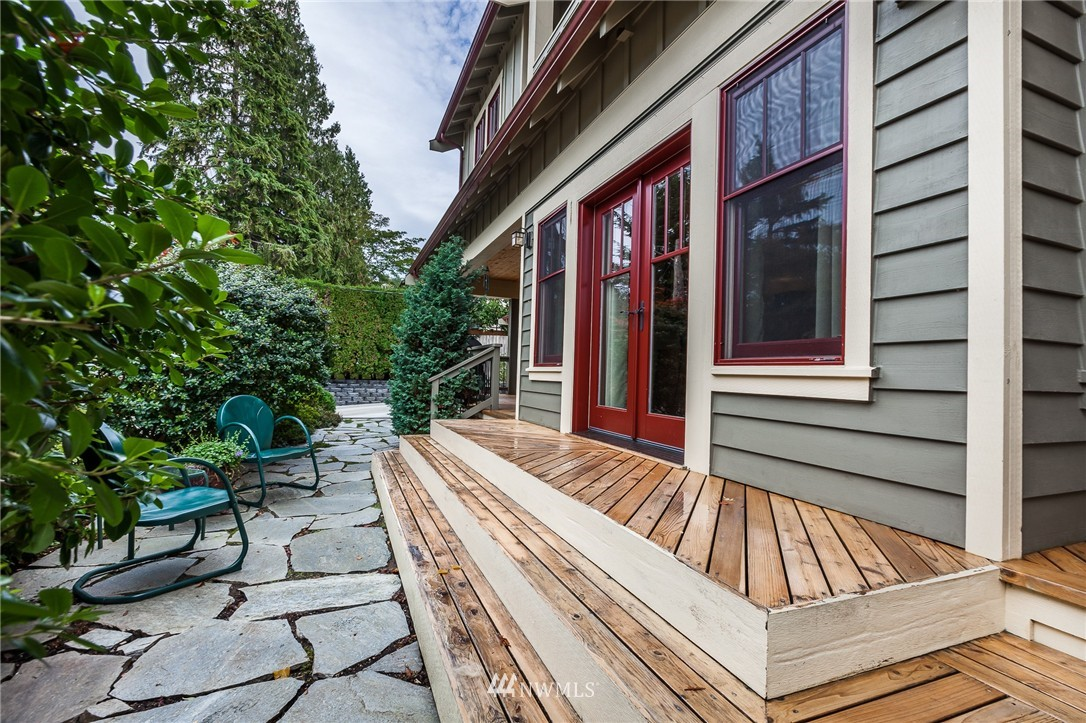 Sold Property   9648 26th Avenue NW Seattle, WA 98117 21