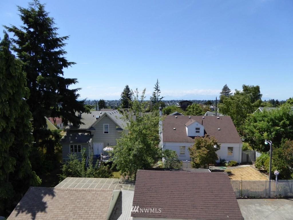 Sold Property | 8297 5th Avenue NE Seattle, WA 98115 3