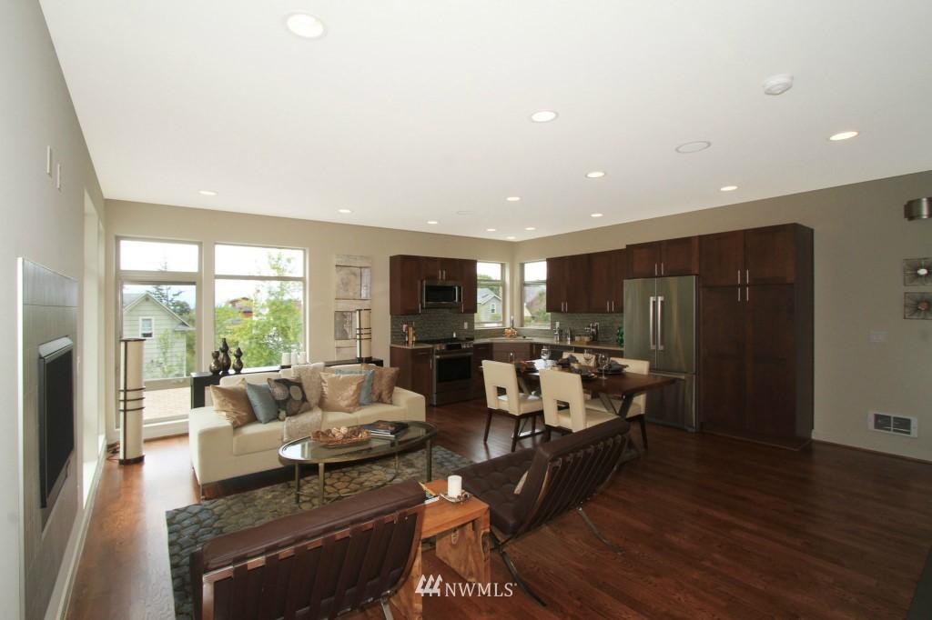 Sold Property | 8297 5th Avenue NE Seattle, WA 98115 5