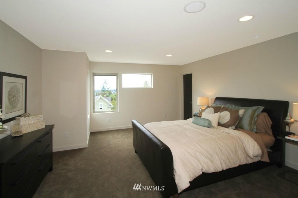 Sold Property | 8297 5th Avenue NE Seattle, WA 98115 9