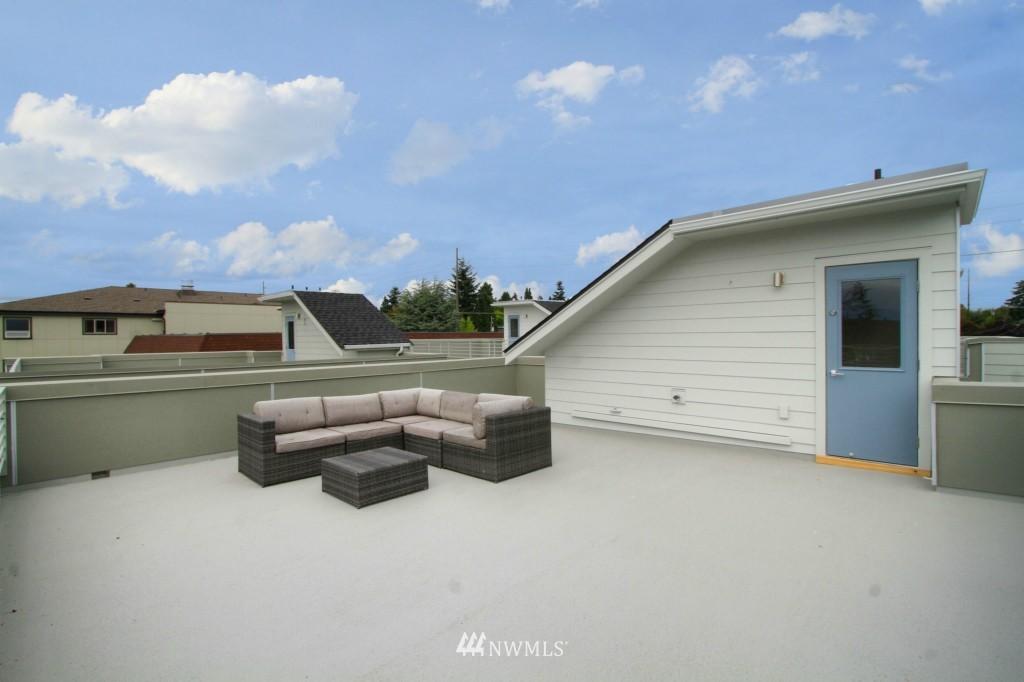 Sold Property | 8297 5th Avenue NE Seattle, WA 98115 15