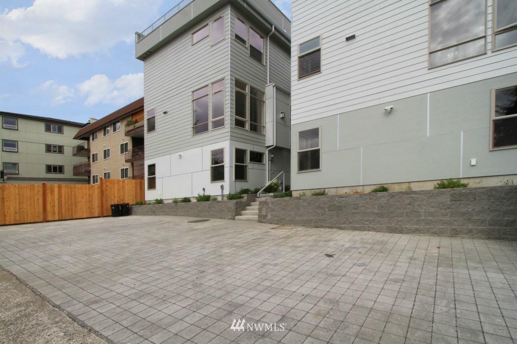 Sold Property | 8297 5th Avenue NE Seattle, WA 98115 17
