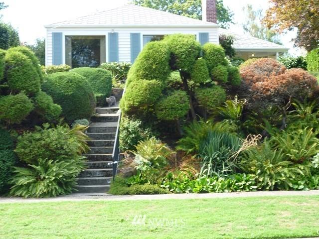 Sold Property | 7345 Ravenna Avenue NE Seattle, WA 98115 0