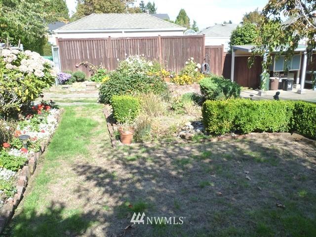 Sold Property | 7345 Ravenna Avenue NE Seattle, WA 98115 6