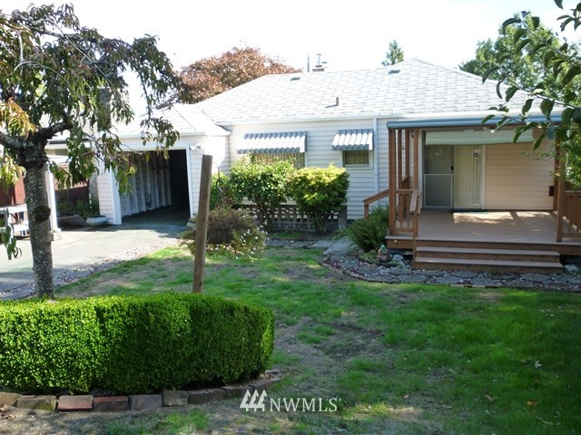 Sold Property | 7345 Ravenna Avenue NE Seattle, WA 98115 7