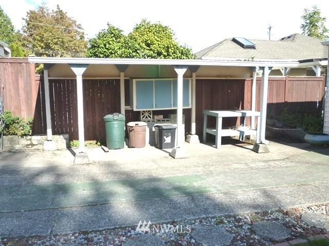 Sold Property | 7345 Ravenna Avenue NE Seattle, WA 98115 11