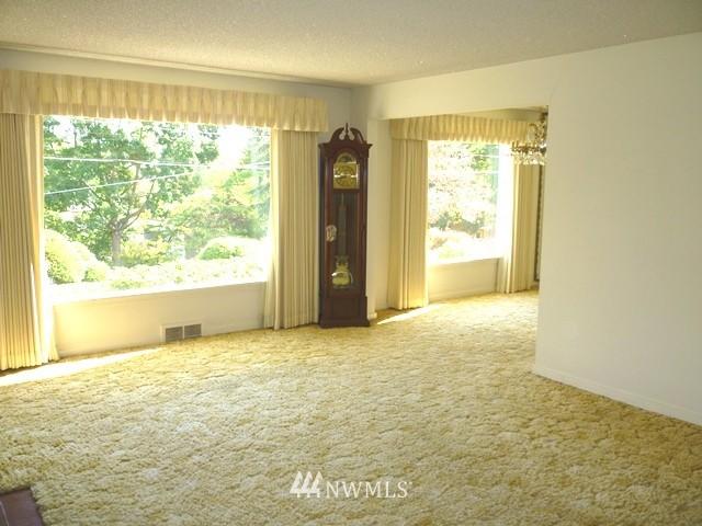 Sold Property | 7345 Ravenna Avenue NE Seattle, WA 98115 13