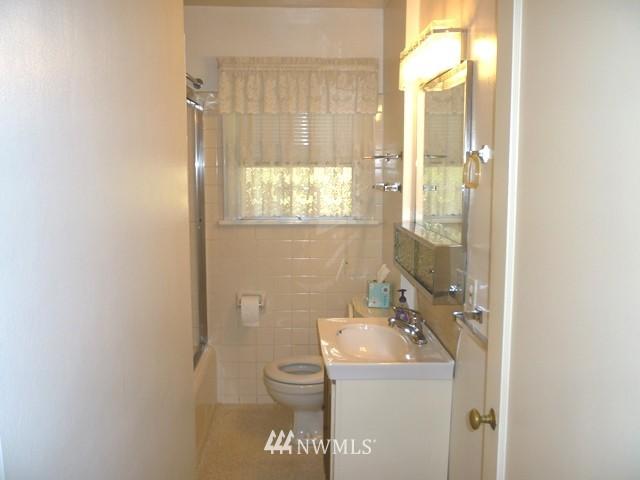 Sold Property | 7345 Ravenna Avenue NE Seattle, WA 98115 14