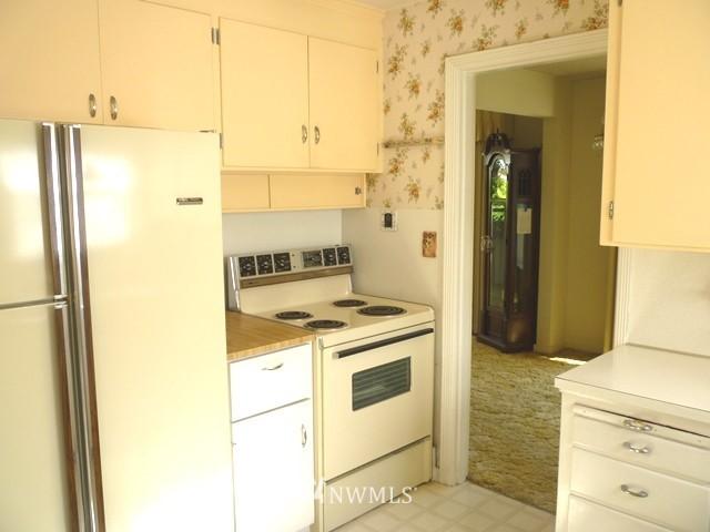 Sold Property | 7345 Ravenna Avenue NE Seattle, WA 98115 15