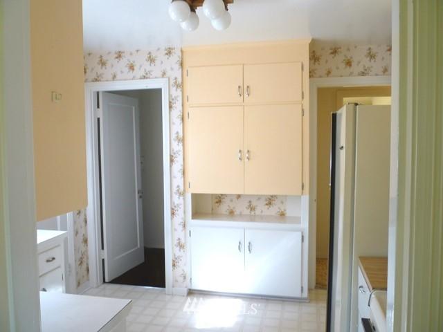 Sold Property | 7345 Ravenna Avenue NE Seattle, WA 98115 16