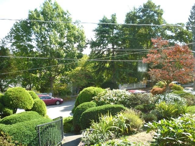 Sold Property | 7345 Ravenna Avenue NE Seattle, WA 98115 17