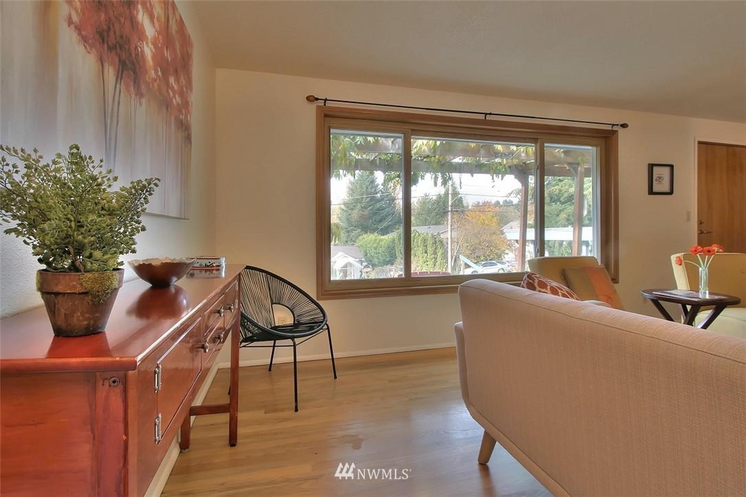 Sold Property   11038 38th Avenue NE Seattle, WA 98125 3
