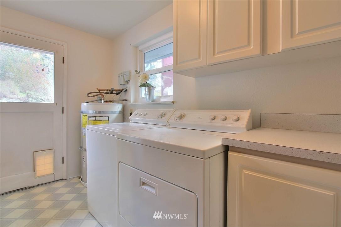 Sold Property   11038 38th Avenue NE Seattle, WA 98125 17