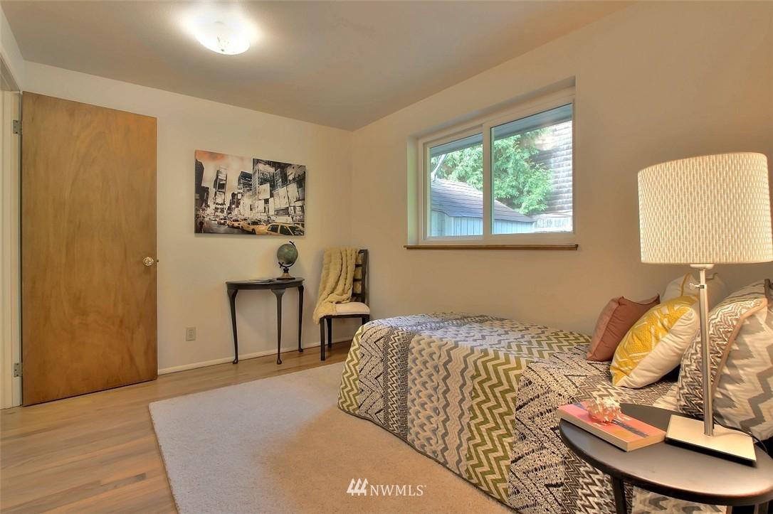 Sold Property   11038 38th Avenue NE Seattle, WA 98125 15