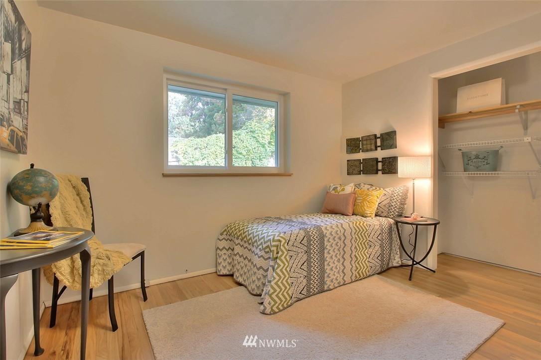 Sold Property   11038 38th Avenue NE Seattle, WA 98125 16