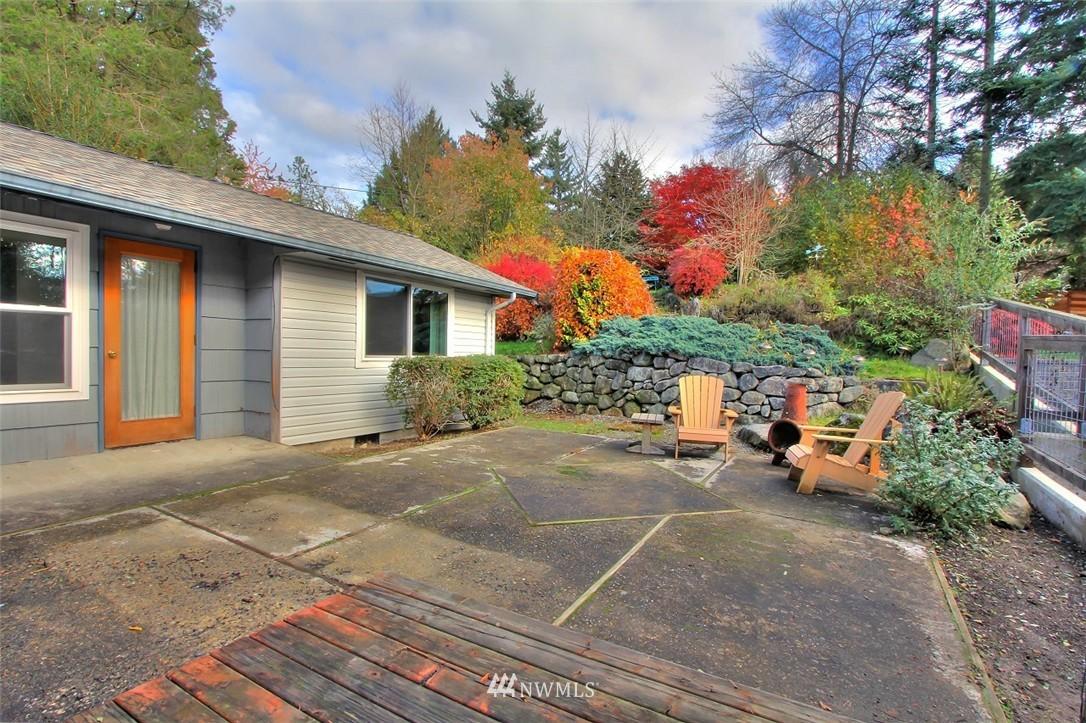 Sold Property   11038 38th Avenue NE Seattle, WA 98125 20