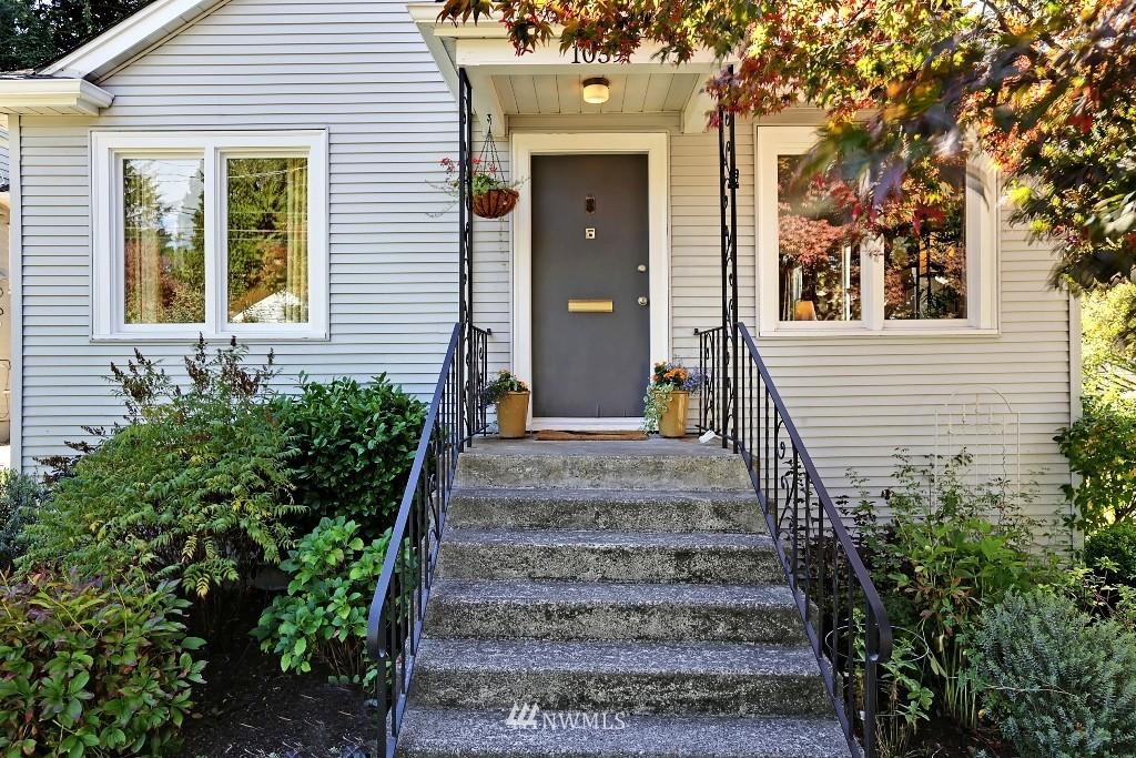 Sold Property   1039 NE 91st Street Seattle, WA 98115 1
