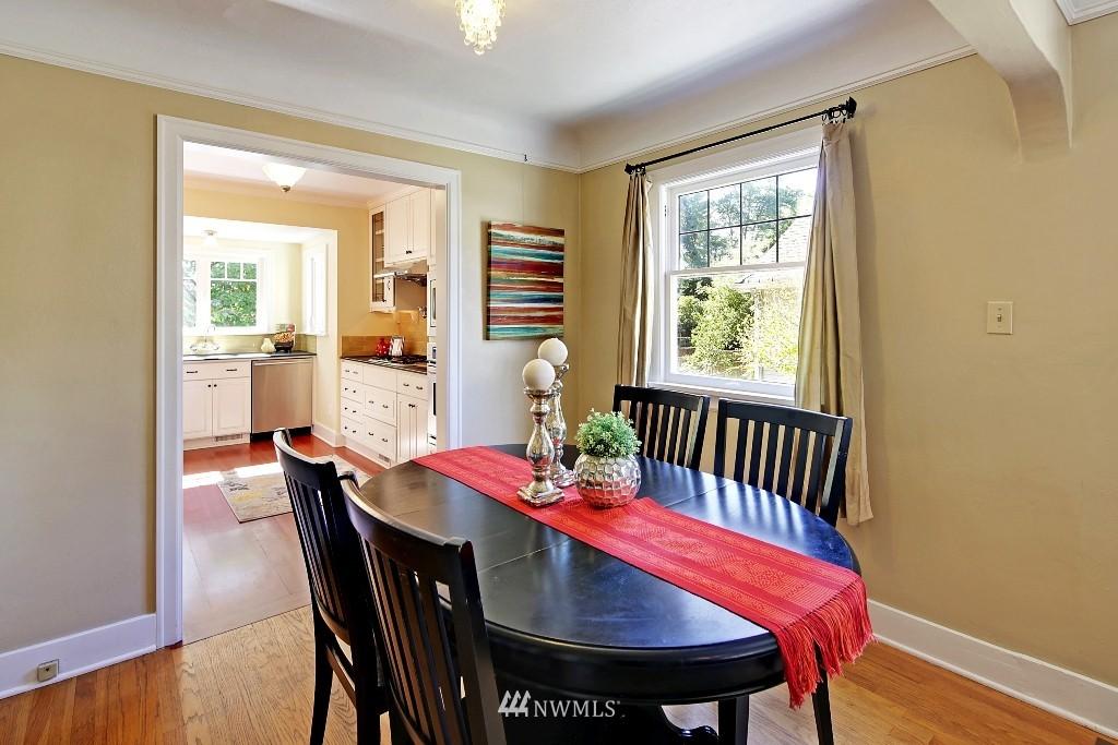 Sold Property   1039 NE 91st Street Seattle, WA 98115 4