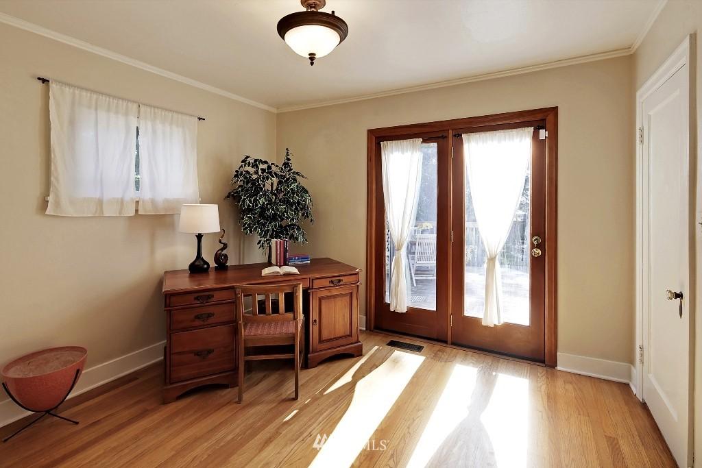 Sold Property   1039 NE 91st Street Seattle, WA 98115 14