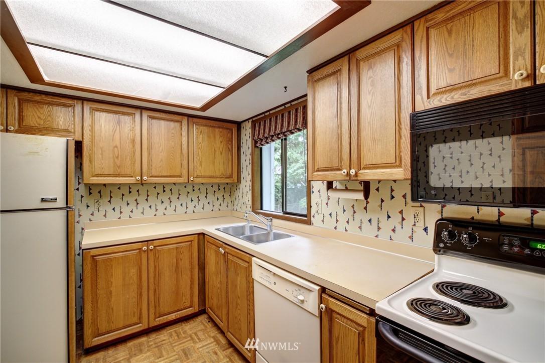 Sold Property | 6709 180th Street SW Lynnwood, WA 98037 8